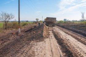 Construyen un desvío para tránsito pesado en el acceso a XX de Septiembre