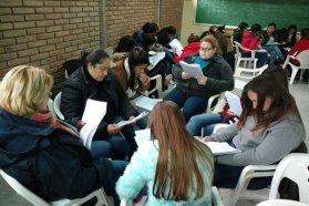 Estudiantes de profesorados participaron de un taller sobre construcción de la memoria colectiva