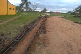 Con fondos de Cafesg, se inició una obra de cordón cuneta y badenes en Conscripto Bernardi