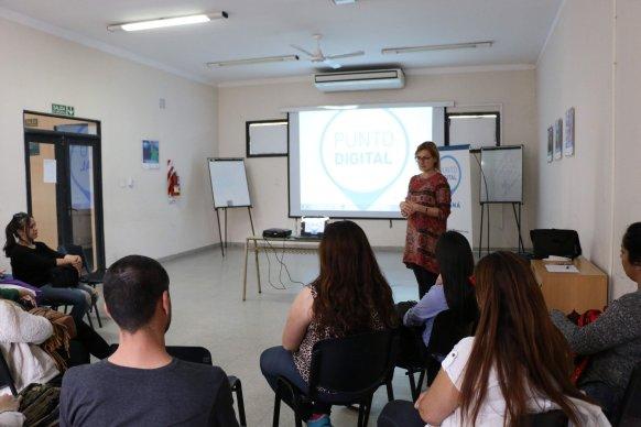 Nuevos talleres de fotografía y diseño en Punto Digital Paraná