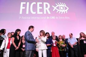 Bordet inauguró el primer Festival Internacional de Cine