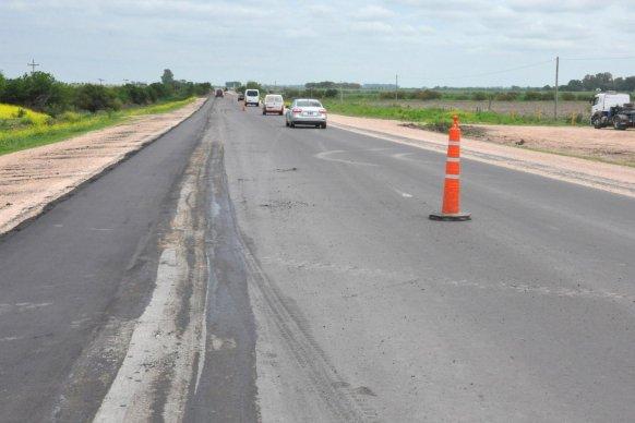 La rehabilitación de la ruta provincial Nº16 presenta un 90 por ciento de avance