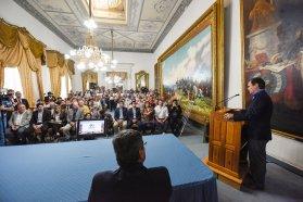 Bordet abrió los sobres de las licitaciones para las obras del cierre norte de energía y de gas