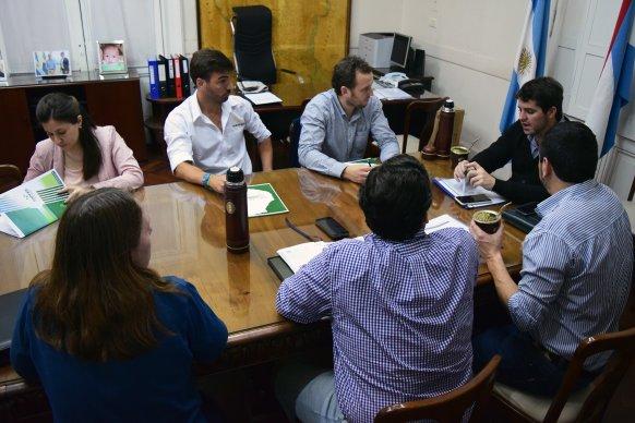 Producción, Capper y Senasa concretaron una mesa de producción porcina