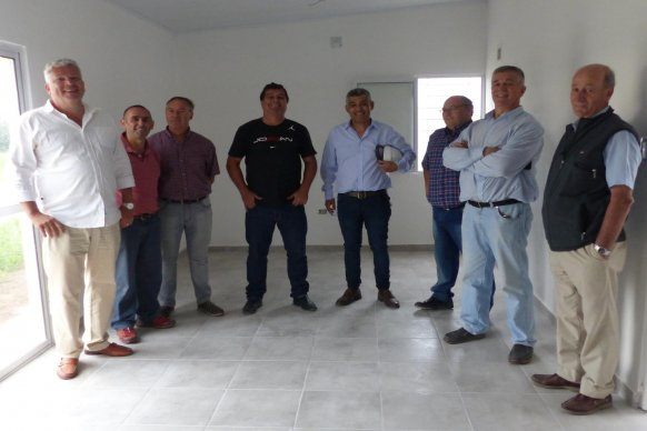 Otras 300 familias de Paraná contarán con su casa propia