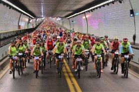 Mil trescientos ciclistas protagonizaron el Cruce del Túnel Subfluvial