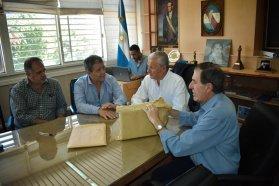 Se conocieron las ofertas para la ampliación de la red cloacal en Concepción del Uruguay
