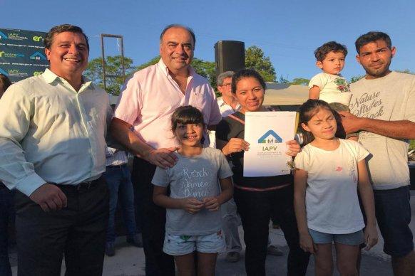La provincia construirá nuevas viviendas en Rocamora con recursos propios