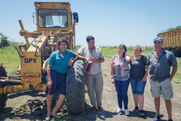 Destacan trabajos de mantenimiento en un camino entre Viale y Seguí