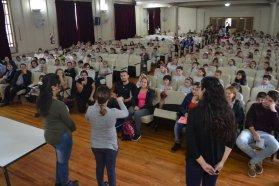 La provincia profundiza el trabajo de integración a través de la enseñanza y difusión de la Lengua de Señas Argentina