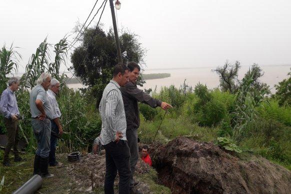 El gobierno provincial trabaja para el restablecimiento del agua potable en Santa Elena