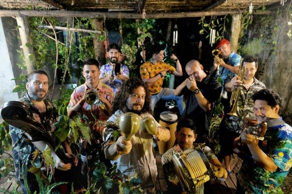 Arranca el Parador Usina con el Combo Mutante y La Delio Valdez en Paraná