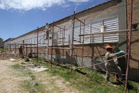 El gobierno ejecuta numerosas obras en escuelas antes del inicio de clases