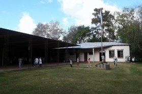 Iniciaron los trabajos para la reparación de la escuela Nº 203 de Crespo
