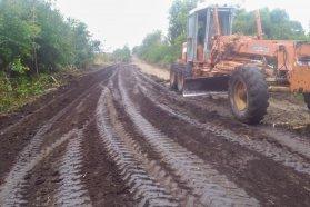 Consolidan caminos productivos de Colonia Celina y otras zonas del departamento Paraná