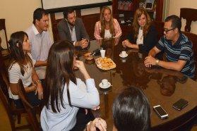 Estudiantes de la UCU podrán acceder a becas provinciales