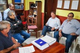 Entregaron el proyecto ejecutivo para el enripiado del camino desde Bovril a El Solar en el departamento La Paz