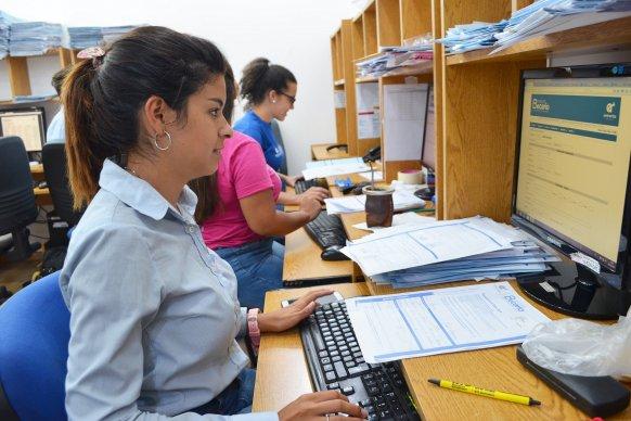 El Instituto Becario abona este año un mes más a los estudiantes secundarios