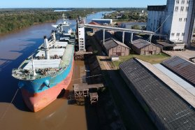 Histórico embarque de 24.000 toneladas de arroz a granel desde Concepción del Uruguay