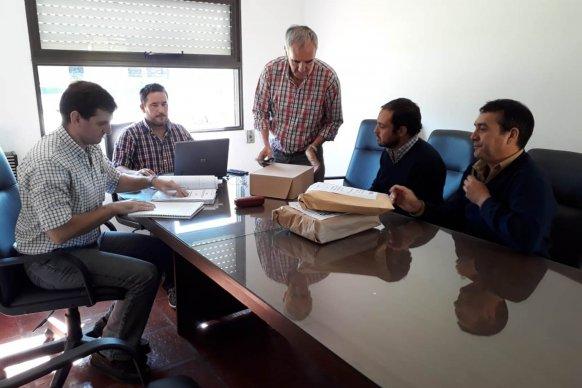 Se abrieron los sobres para obras de agua potable e iluminación en Villa Domínguez y Feliciano