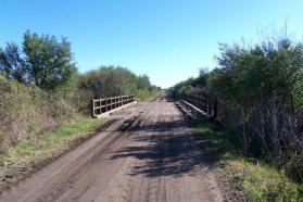 El gobierno impulsa consultas públicas para obras en caminos rurales
