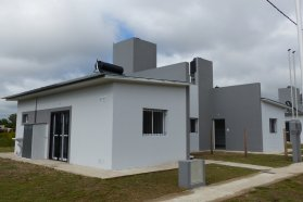Con recursos provinciales, se inauguran  nuevas viviendas en tres localidades entrerrianas