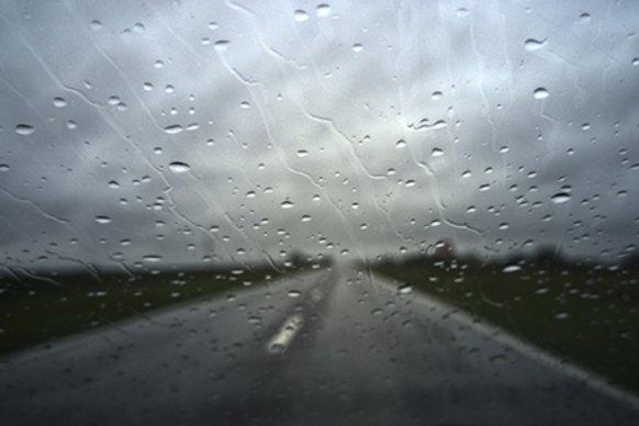 Recomiendan transitar con precaución por la red vial entrerriana debido a las lluvias