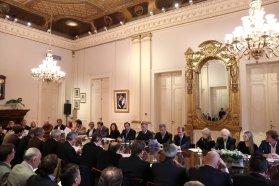 Bordet fortalece las políticas para impulsar la industria maderera en la provincia
