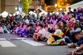 Feria de Emprendedores de la Economía Social en los festejos por el Día del Niño en Plaza Mansilla