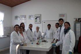 Docentes se capacitaron en técnicas de cultivo in vitro en especies vegetales