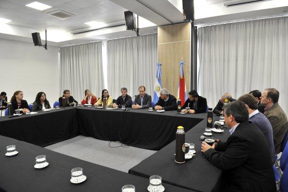 Intendentes vecinalistas expresaron su preocupación por el impacto de las medidas nacionales en las arcas comunales