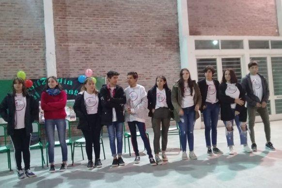 Se presentó la obra Comedia y Tragedia enla Escuela de La Baxada del Paraná