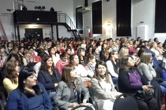Más de 200 docentes de nivel inicial se capacitaron en Paraná