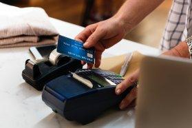 Defensa del Consumidor provincial detectó irregularidades en cobros con tarjetas de débito y crédito en Entre Ríos