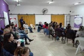 Capacitan a autoridades actuales y futuras en el régimen de comunas y nuevos municipios
