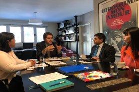 Firman primer convenio del país para la internacionalización de la formación docente no universitaria