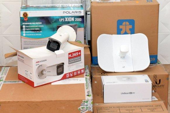 Continúa la instalación de cámaras de seguridad en los municipios