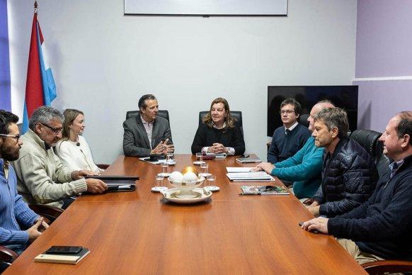 El vicegobernador gestiona las obras viales prioritarias que realizará en Paraná