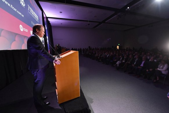 """""""Las políticas públicas tienen que trascender los gobiernos"""", dijo el gobernador al inaugurar el FICER"""