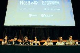 Realizadoras y actrices reflexionaron sobre la perspectiva de género en el FICER