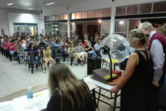 Sortearon 80 viviendas para docentes de Concepción del Uruguay