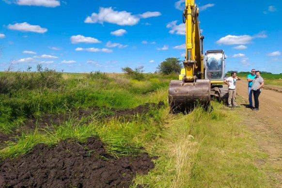 Se realizan mejoras en el ripio de la RPNº 19 entre los departamentos Gualeguaychú y Tala