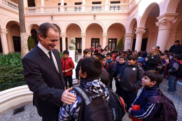 Bordet inicia un nuevo mandato con una valoración positiva de casi el 70 por ciento de los entrerrianos