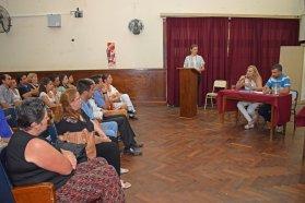 Agentes del hospital Pascual Palma capacitados por la Uader recibieron su certificación