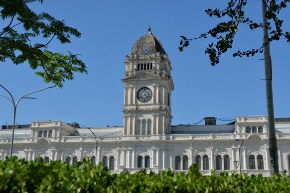 Comienza este sábado el pago de sueldos a estatales y jubilados
