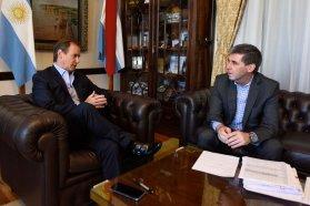 La provincia comenzó el envío de la coparticipación a las comunas y municipios recientemente creados