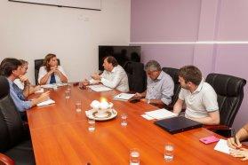 Autoridades de Vialidad Provincial se reunieron con representante del Prosap por enripiado de Brovril a El Solar
