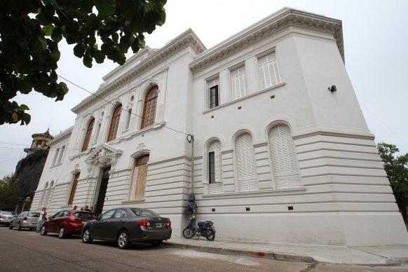 Se ejecutan los últimos trabajos en el Colegio Nacional Clavarino de Gualeguaychú