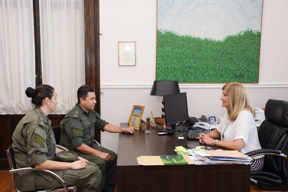 La ministra Romero coordinó acciones de trabajo con el nuevo Jefe de Gendarmería
