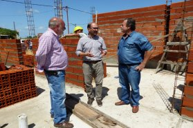 Progreso y terminación de viviendas en Santa Anita y Villa Mantero